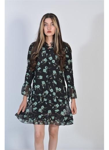 Zeren Kadın Yeşil Çiçek Desenli Fırfırlı Elbise Yeşil